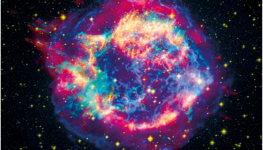 SUPERNOVA EXPLOSION: Today astrophysicists are struggling to perform computer simulations of a supernova (a massive star explosion). New knowledge about atomic nuclei from the University of Oslo may make such simulations easier. (Photo: NASA)