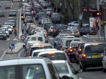 Had nobody dwelled in the suburbs and instead lived either downtown or far away from big cities, a lot of time now spent in bumper-to-bumper traffic could be saved. (Photo: Colourbox)