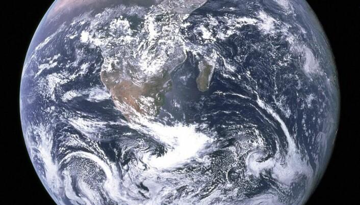 Modern plate tectonics arose 3.2 billion years ago