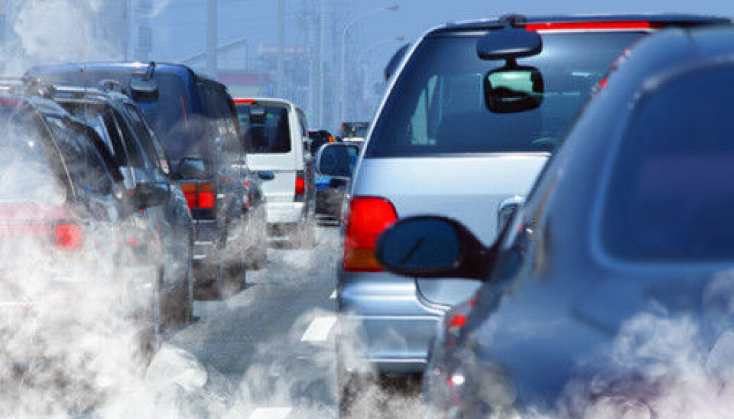 NO2 emissions from new diesel cars have increased considerably since 2000.  (Illustration photo: Colourbox)
