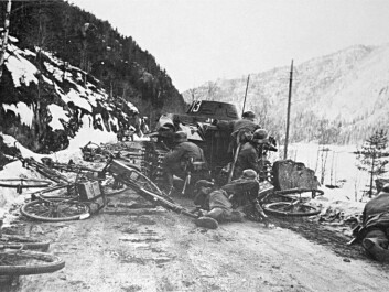 German troops in a skirmish with Norwegian forces in Oppland County, on 18 April 1940. While some regular Norwegian forces were still trying to stop the attackers, Norwegian industrial leaders were making plans to help the German military. (Photo: Wikimedia Commons)