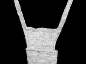 When presented to a boy, the self-knitted codpiece was a love token which also proved the girl's handicraft skills. If accepted, it indicated that the love was requited. (Foto: Anne-Lise Reinsfelt/Norsk Folkemuseum)
