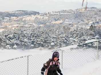 Colder winters give more snow, but Norwegian kids are not unhappy. (Photo: Colourbox)