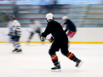Hockey is a sport that demands explosive bursts of speed. Creatine supplements can give players a real advantage in the game. (Photo: Colourbox)