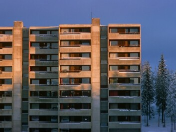 A block of flats at Romsås on the outer East Side of Oslo. To break down divisions in the Oslo populace, the golden ghettos are at least as important as the traditional East Side ghettos, assert researchers. (Photo: Bjørn Rørslett, Samfoto)