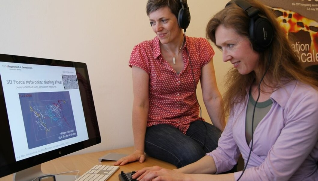Karen Mair (left) and Natasha Barrett listen to the sounds as they study a computer model that explains a little about what happens inside a stone crusher. By using a keyboard or another controller you can regulate the strength of the various sounds and thereby create your artistic expression .(Photo: Gunhild M. Haugnes)