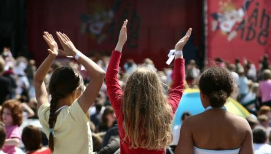 Activists or enthusiasts are people who contribute something extra to local society, for instance organising music festivals for children. (Photo: Colourbox)