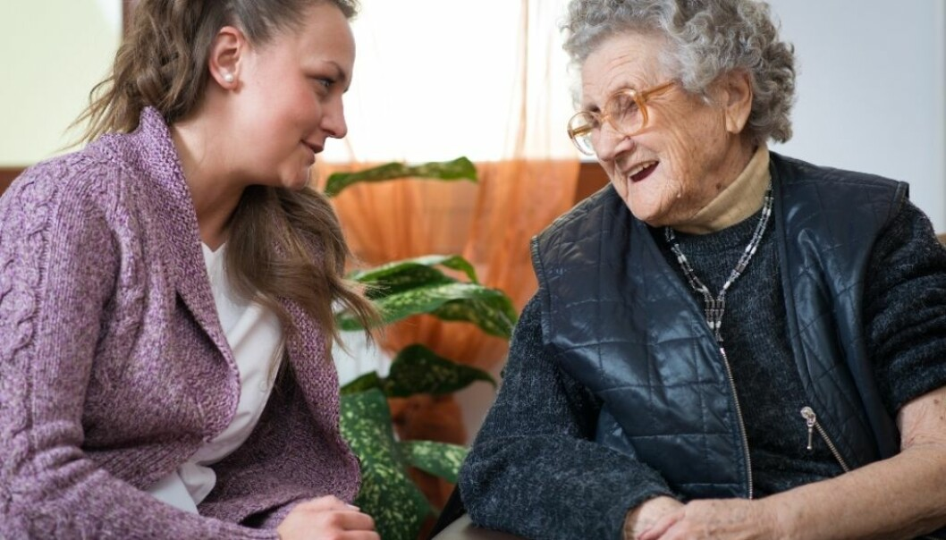 The number of different care-givers visiting homes is not always the key problem. Other factors are at play, such as whether the patients are treated well and whether the helpers are competent. (Photo: Microstock, Hunor Kristo)