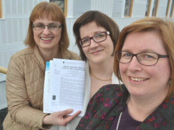 From the left: Gry Agnete Alsos, Ulla Hytti at University of Turku, Finland, and Elisabet Ljunggren at Nordland Research Institute are commended for their article on the state of the art in the field of gender and innovation. (Photo: Trude Landstad, Nordland Research Institute, Norway)