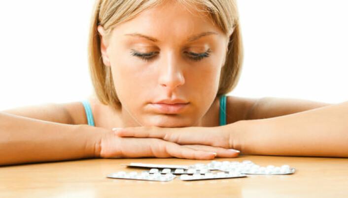 Birth control pills halve size of women's ovaries