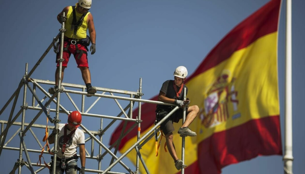 Spanish people from all educational and professional backgrounds are struggling to find jobs at home. More and more Spanish move to northern Europe, including Norway, to find work. (Photo: Andres Kudacki, AP/NTB Scanpix)