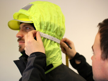 Details are important. The hood is specially adapted for personnel wearing helmets – without compromising vision. (Photo: SINTEF Health Research)