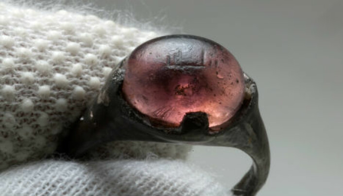 Ancient ring brings Vikings and Islamic civilizations closer together