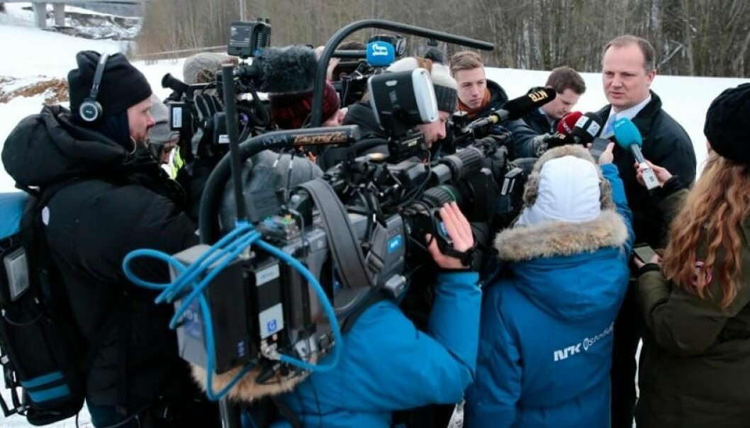 The more negative the news coverage, the more government communications advisers feel pressure to present politicians in a positive light. Collusion between politics and bureaucracy can be the result. (Photo: Stian Lysberg Solum, NTB scanpix)