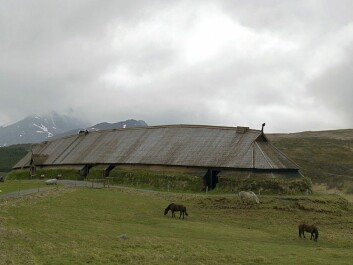 The chieftain's house at Borg in Lofoten is the largest known chieftain's farm. Today, the farm has been reconstructed on site and houses the Viking museum Lofotr. (Photo: Jörg Hempel/Wikimedia Commons)