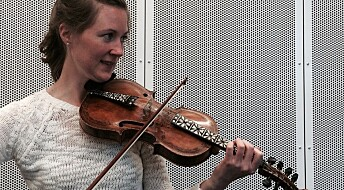 Norwegian fiddle music traditions in the USA die and evolve