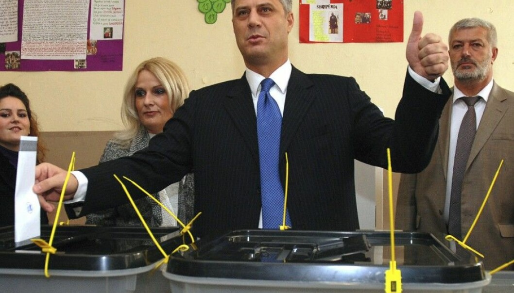 Kosovo's Prime Minister Hashim Thaci casts his vote in the country's local elections of 2009. This was the first democratic election after Kosovo declared its independence the previous year. According to a new study, Kosovo is a good example of a state where despite the citizens having scant influence on the formation of its constitution, democracy has made headway. (Photo: Hazir Reka, Reuters)