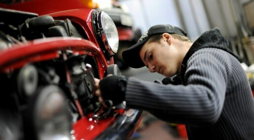 Punctuality more important than grades for apprenticeships