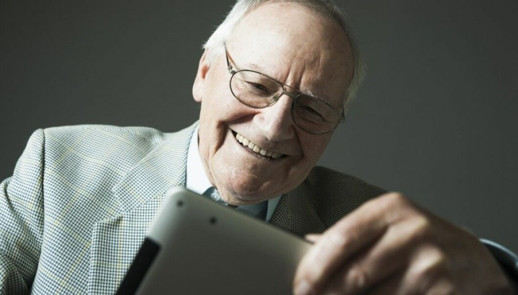 Elderly Norwegians are eager users of the internet. A majority in the 70+ age group use the web weekly or even daily. (Illustrative photo: Radius/NTB Scanpix)