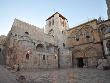 The Church of the Holy Sepulchre in Jerusalem. The church was consecrated in 335 AD, but it has been added on to many times since then. (Photo: Jlascar / CC BY SA 2.0)
