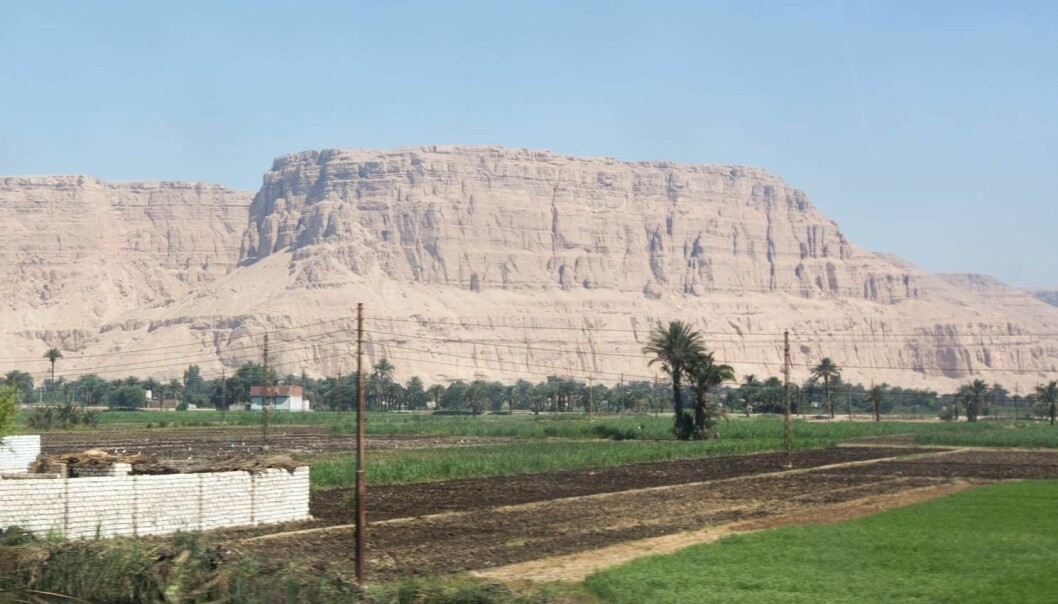 Jabal al-Tarif, the cliff where the Nag Hammadi Codices were discovered. (Photo: Hugo Lundhaug)