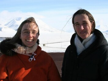 The Norwegian part of the research team: Inger Greve Alsos and Dorothee Ehrich. (Photo: Eva Therese Jenssen)