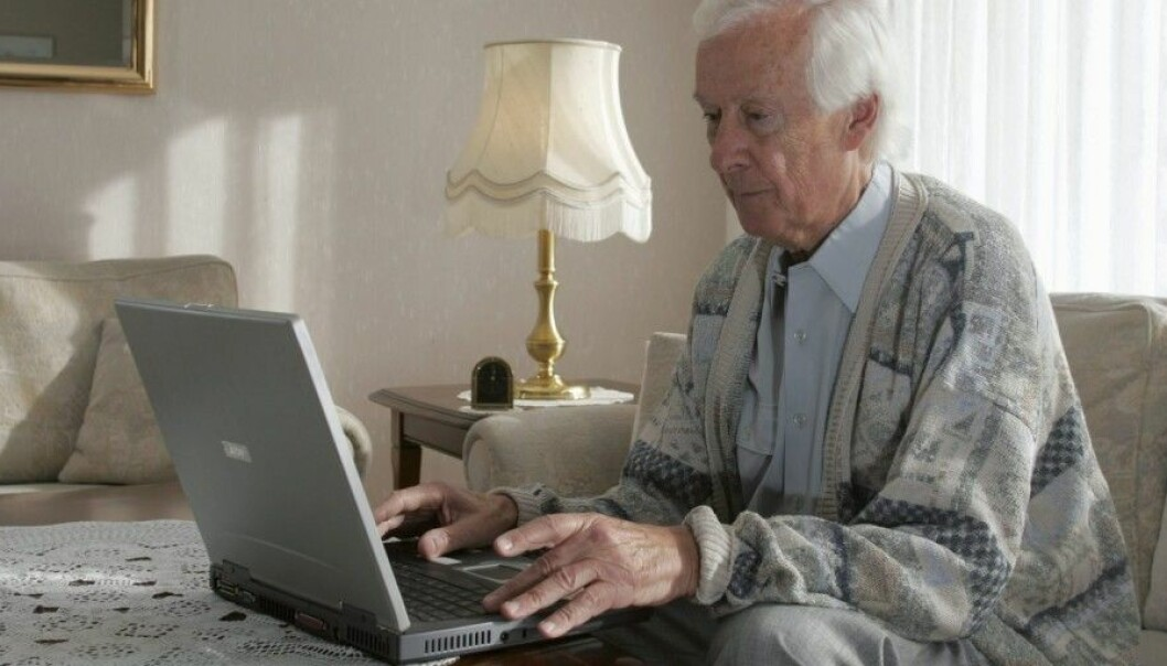 A majority of people aged 60 and older are on social media. But many older people remain skeptical about the trend. (Photo: Mike Schröder / Samfoto / NTB scanpix)