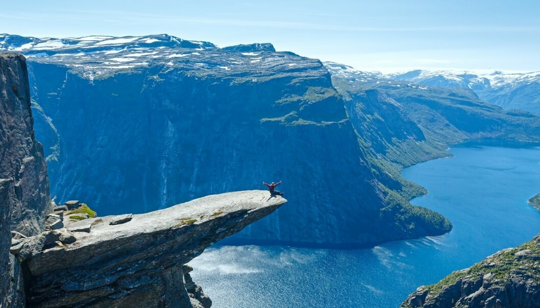 Trolltunga, or 'Troll's tounge', is a popular destination for tourists. But many travellers are not properly prepared for the demanding hike to the top. (Photo: Colourbox)