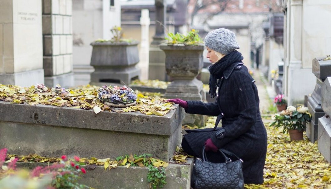 A Norwegian researcher has interviewed people who claim to have or had contact with the dead. (Illustrative photo: Colourbox)