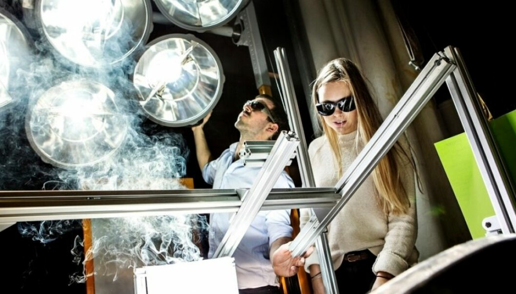 This installation allows researchers in places like Norway to simulate the full power of sun, as if they were outside on a sunny day. That allows for year-round research on solar cells in the laboratory in Trondheim. (Photo: Geir Mogen/NTNU)