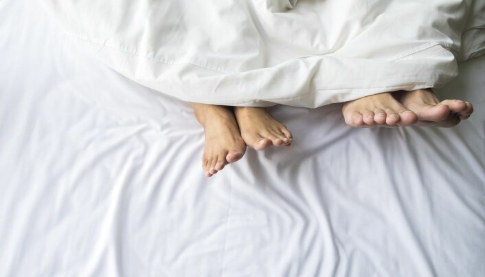 Contraception influences sexual desire in committed relationships