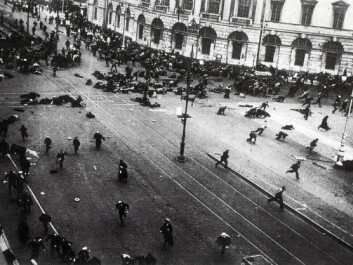 A demonstration in Petrograd (which is now called St. Petersburg) on 4 July 1917, during which Provisional Government shot into the crowd. (Photo: Viktor Bulla/Wikimedia Commons. Public domain image.)