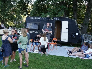 Researchers from the Sociological polyclinic, an academic association, interviewed happy festivalgoers attending the Pstereo Festival 2015. They should have also chatted with the less happy attendees, says researcher Olaf Aagedal. (Photo: Aksel Tjora)