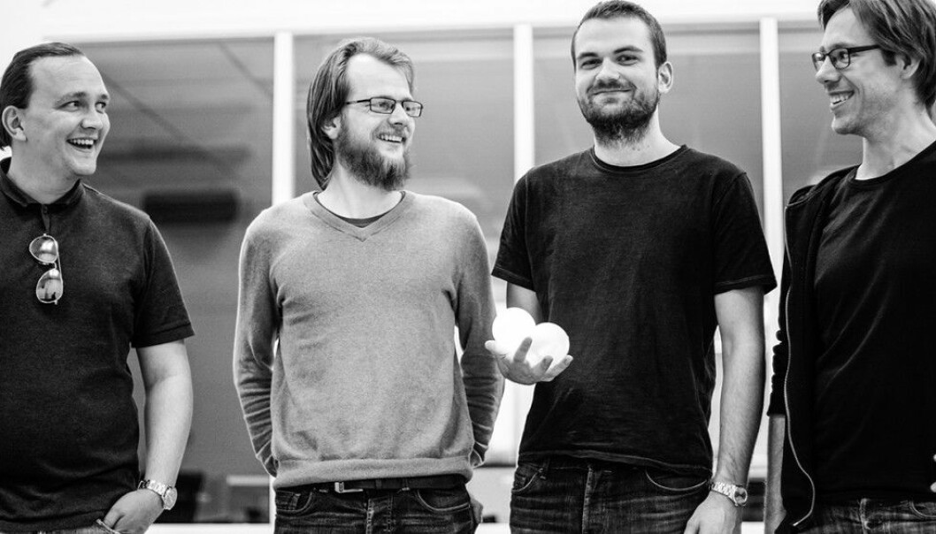 The group behind the smart, self-illuminating juggling balls. From left: Project leader Johan Rønbeck, technical leader and circuitry designer Johannes Wågen, test manager and more Jakob Pein and head of documentation and signal manager Håkon Landmark. (Photo: Justyna Hapeta – Studio Malina)