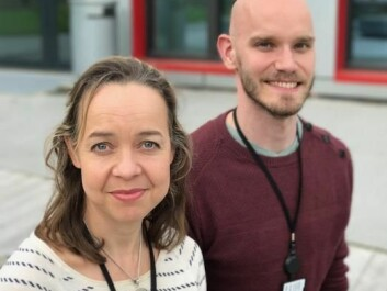 Finnish-born Paula Berstad and Markus Knudsen, a Dane, both at the Norwegian Cancer Registry, are curious about why Norwegians have such a high incidence of colorectal cancer. (Photo: Siw Ellen Jakobsen)