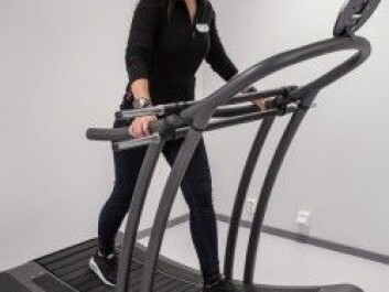 Even on the treadmill, the subjects often felt cyber sick. The video didn't move at the same pace as participants' legs. (Photo: Høgskolen i Innlandet)