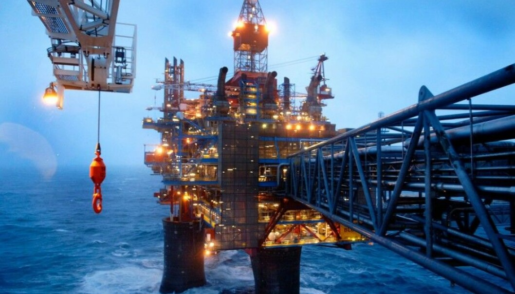 Here at the Draupner platforms, 160 km from the Norwegian coast, Statoil measured the world's tallest individual wave — a monster that was 26.5 metres high. The Draupner platforms play a key role in transporting gas from the North Sea to the European continent. (Photo: Harald Pettersen/Statoil)