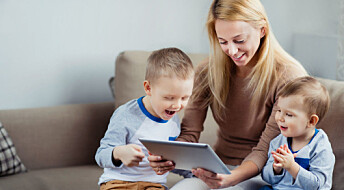 Two-year-olds benefit from playing games on tablets