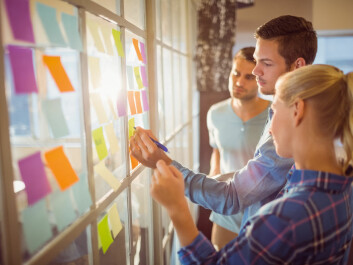 Studies show that team members often experience a social pressure to conform to the group majority, which can stifle creative ideas. (Photo: Shutterstock)