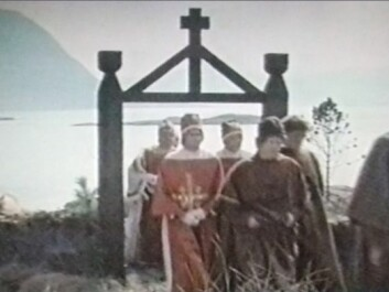 "In a third rendition, a lot of text and narration was mixed in with film footage and photos, background music and sounds. This too gave poorer learning results than pure text, according to Torgersen's study. (Photo: Rikssamlingsstriden ""Year 800-1270 AD, Norwegian History part 2, University of Bergen, NRK, 1990"")"