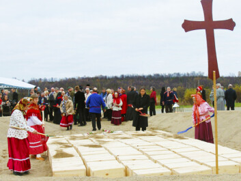 From the reburial ceremony in 2011 (Photo: Rolf Arvola)