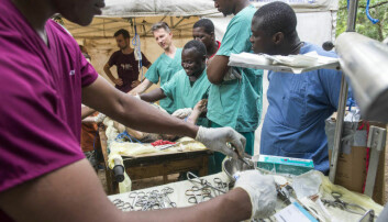Students go through a number of training modules, including learning to do anaesthesia on pigs. (Photo: Magnus Endal, CapaCare)