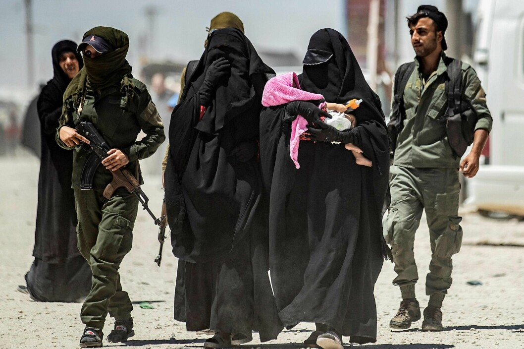 """To many women, idealism and a strong desire to help Muslims in Syria were the main reasons for leaving Europe,"" says Brynjar Lia, who has reviewed the existent research on women who have left Europe to join the Islamic State of Iraq and Syria (ISIS). (Photo: Delil Souleiman, AFP/NTB Scanpix)"