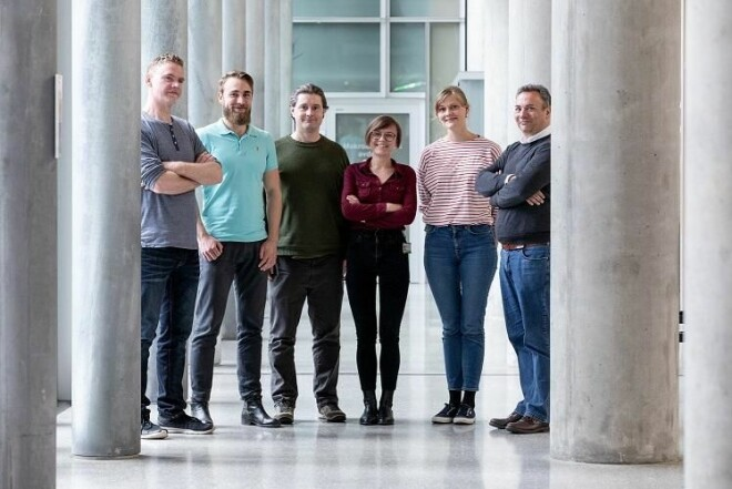 Karsten Specht with his research group. Re:State. From left:: Kjetil Vikene, Vetle Hushagen, Rune A. Eikeland, Liucija Vaisvilaite, Guro Sjuls, Karsten Specht (Not present: Katarzyna A. Kazimierczak og Julia Tuominen) (Photo: Eivind Senneset, UiB)