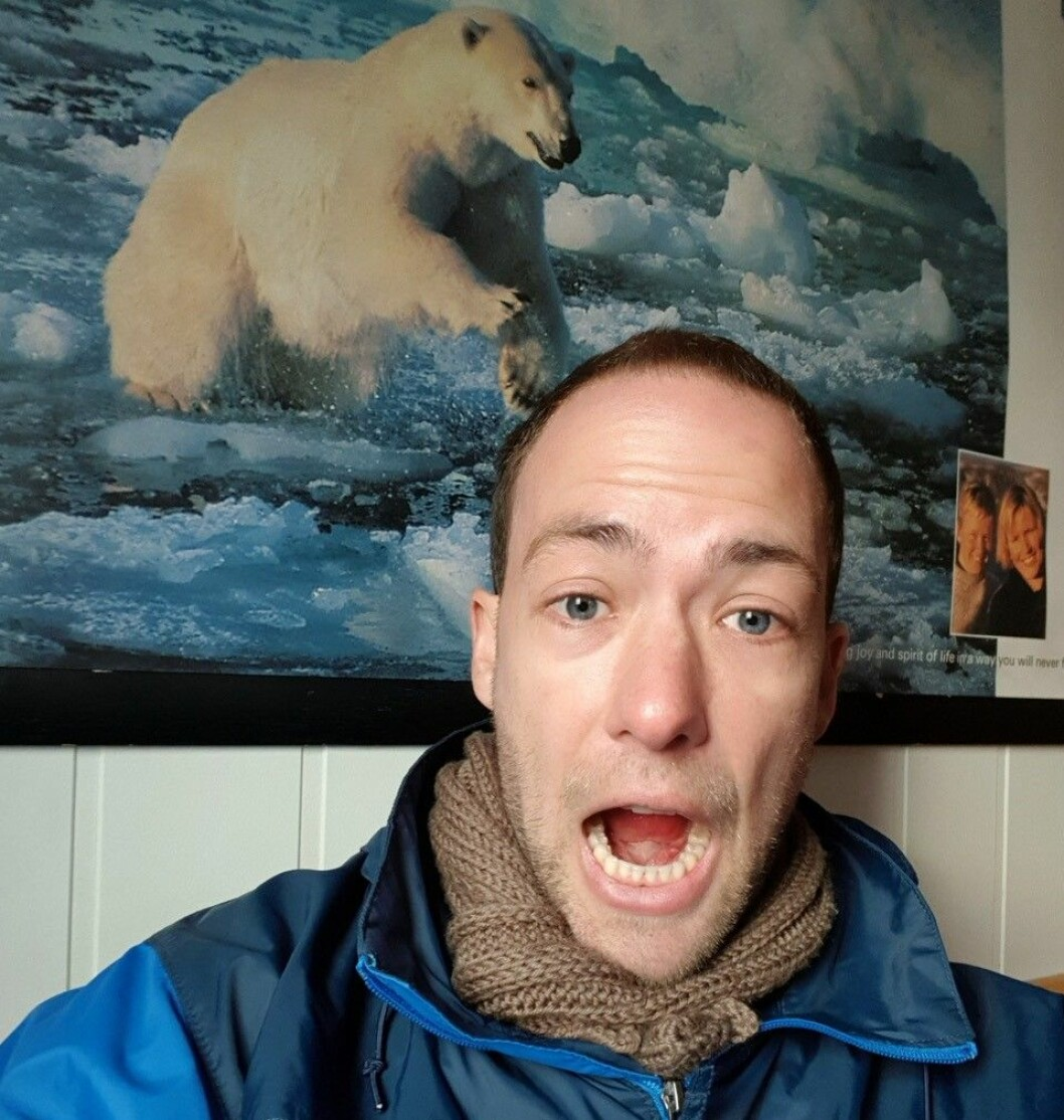 Nicholas Szapiro is an Arctic weather researcher at The Norwegian Meteorological Institute. He is currently onboard FF Kronprins Haakon on a cruise around Svalbard.