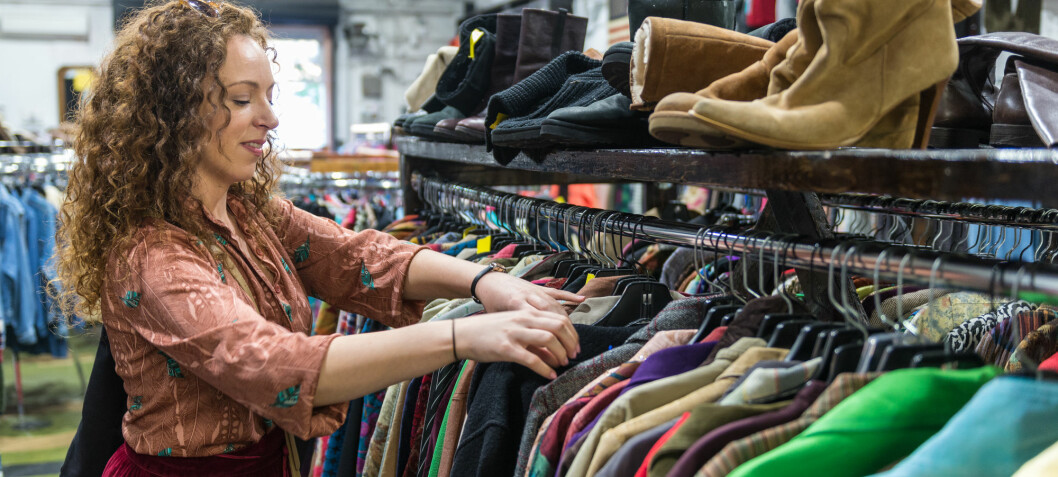 What's the best way to recycle clothes?