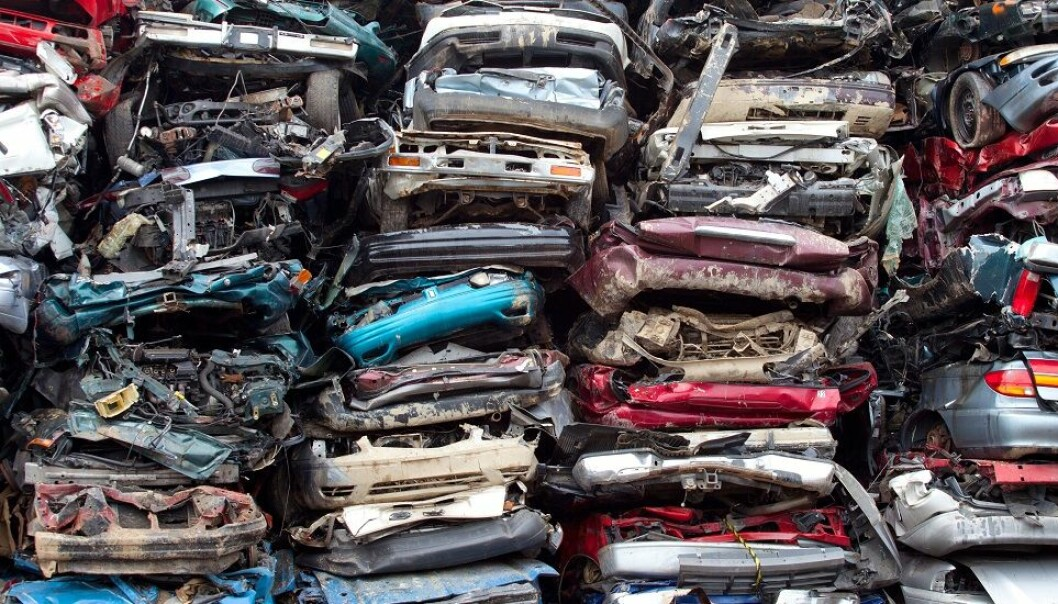 One day, electric cars will also have to go to the scrapyard. That's all the more reason to find ways to recycle all the components in their batteries.
