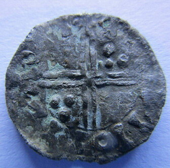 This rare penny from the Viking king Harald Hardråde (1047-1066) was found by a hobbyist named Egil Bjørnsgård on cultivated land in Oppland in 2015.