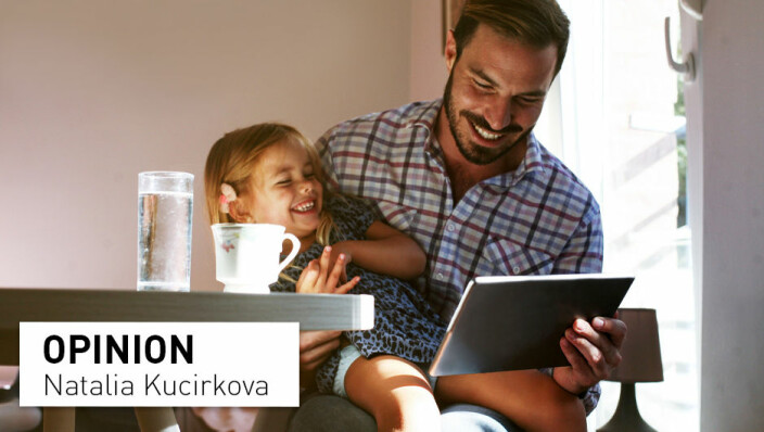 Reading to your child? Digital books are as important as print books