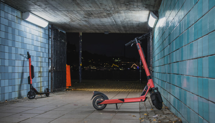 Rather than having designated pick-up and drop-off areas, e-scooters can be found dotted around the city. E-scooters parked on sidewalks, thrown over fences, or ditched into rivers indicate that many of them have short lifetimes.